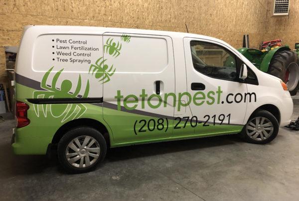 teton pest truck wrap